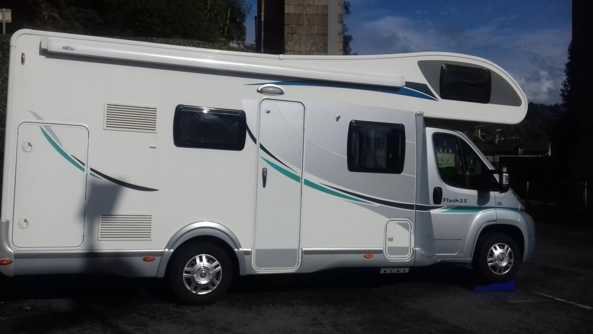 camping-car CHAUSSON FLASH 25