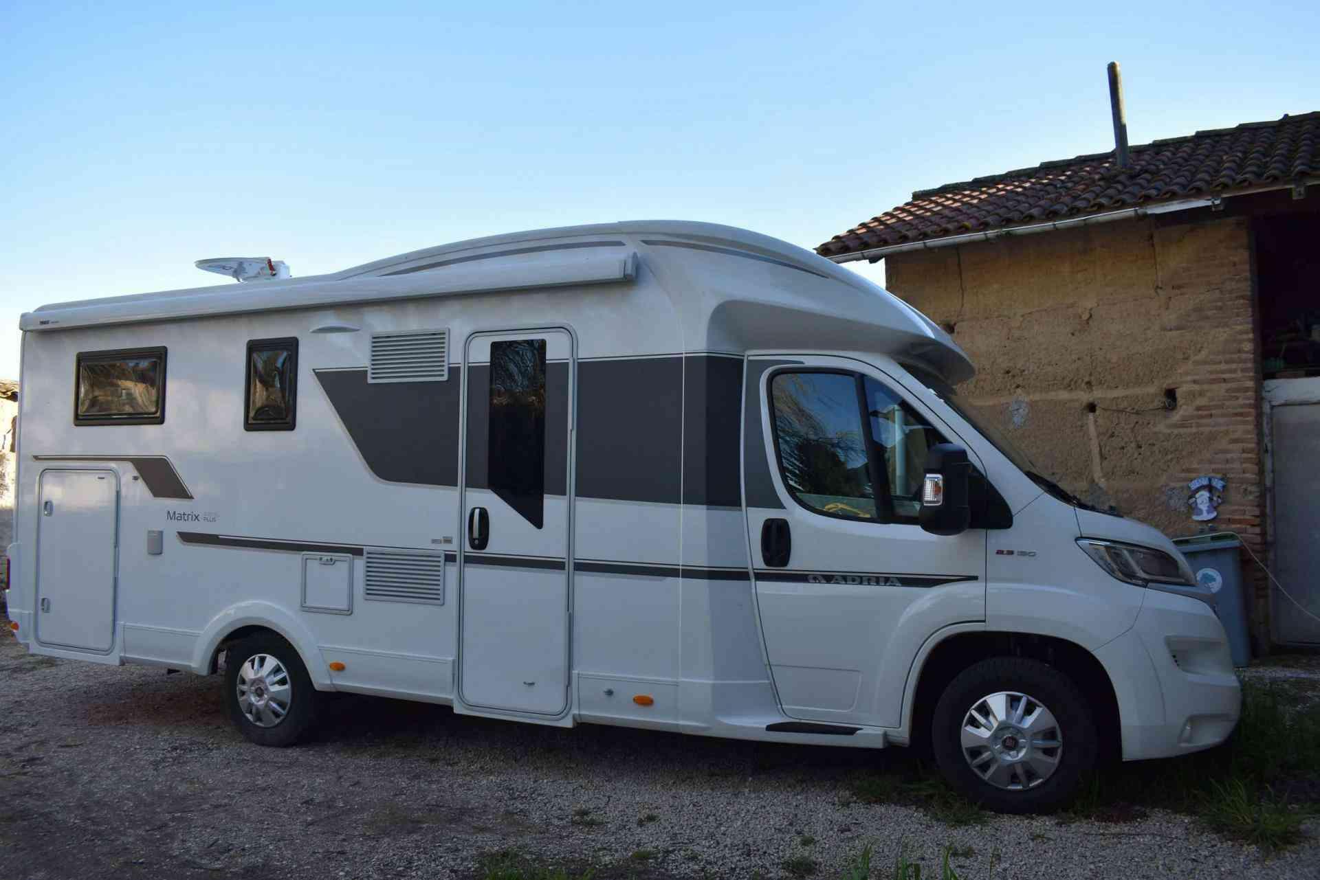 camping-car ADRIA MATRIX PLUS 670 SL