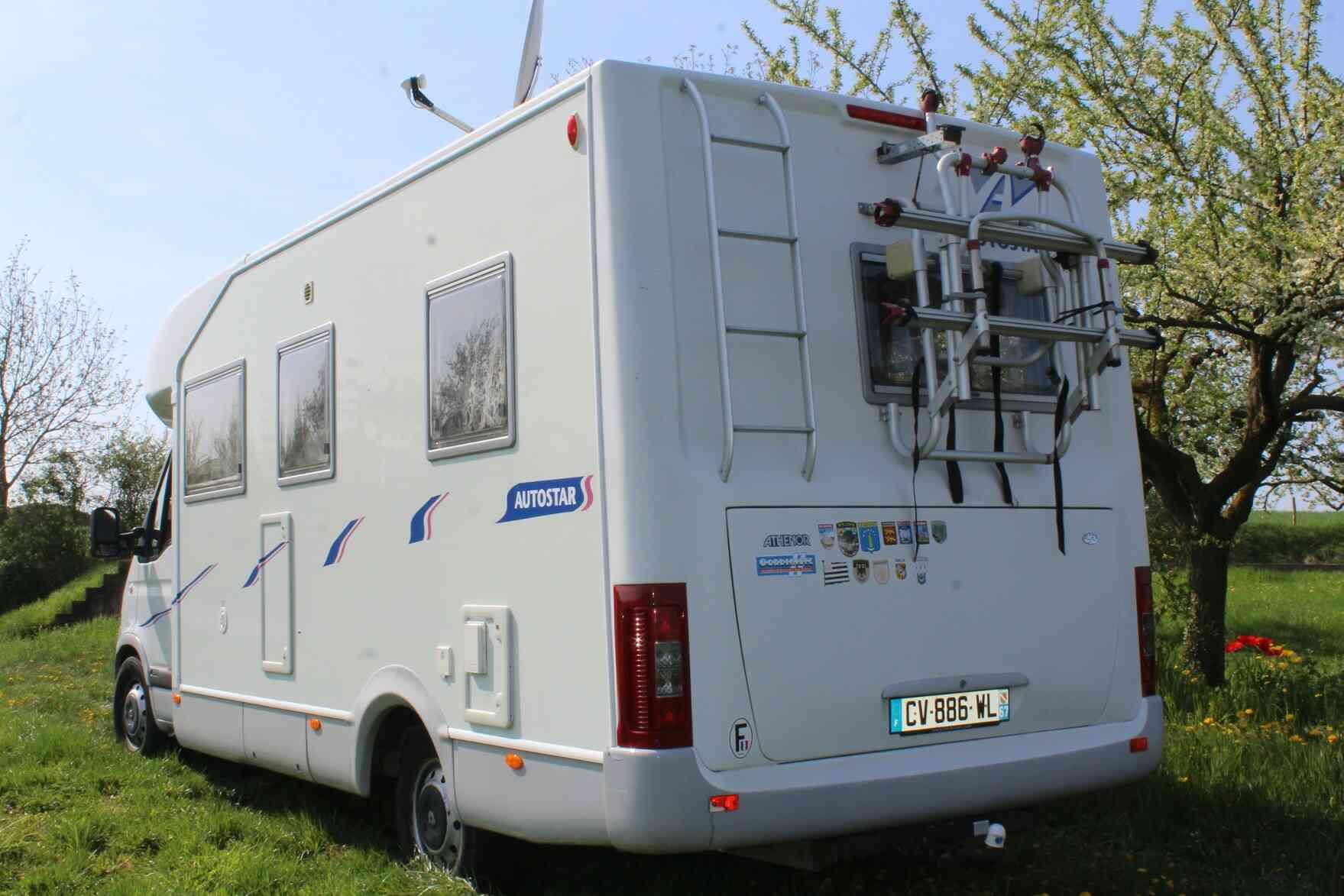 camping-car AUTOSTAR ATHENOR 468 arrière