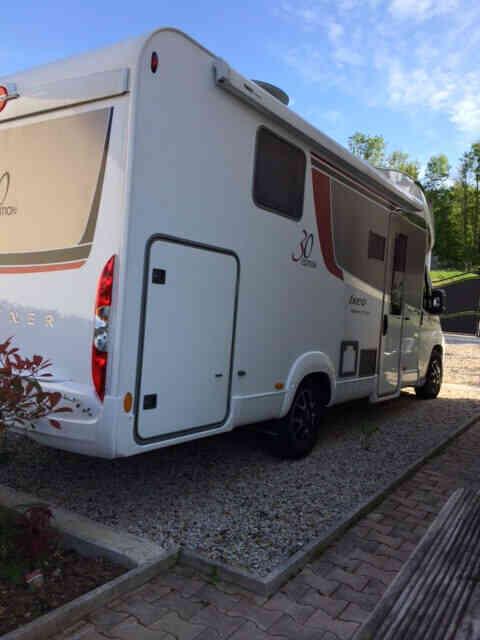 camping-car BURSTNER  IXEO TIME 734 EDITION 30