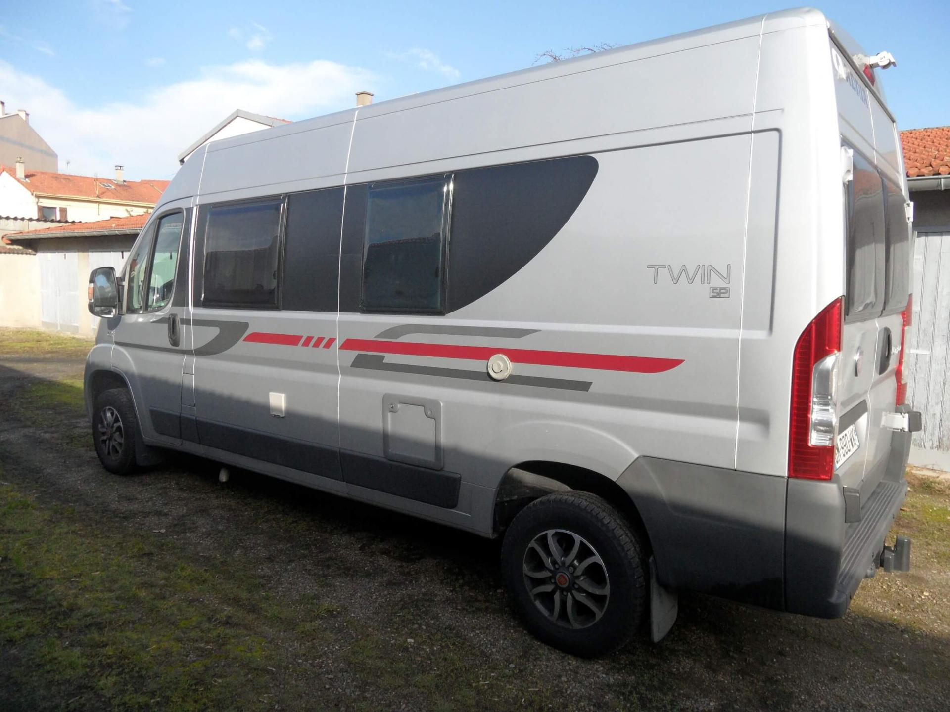 camping-car ADRIA TWIN SP 600