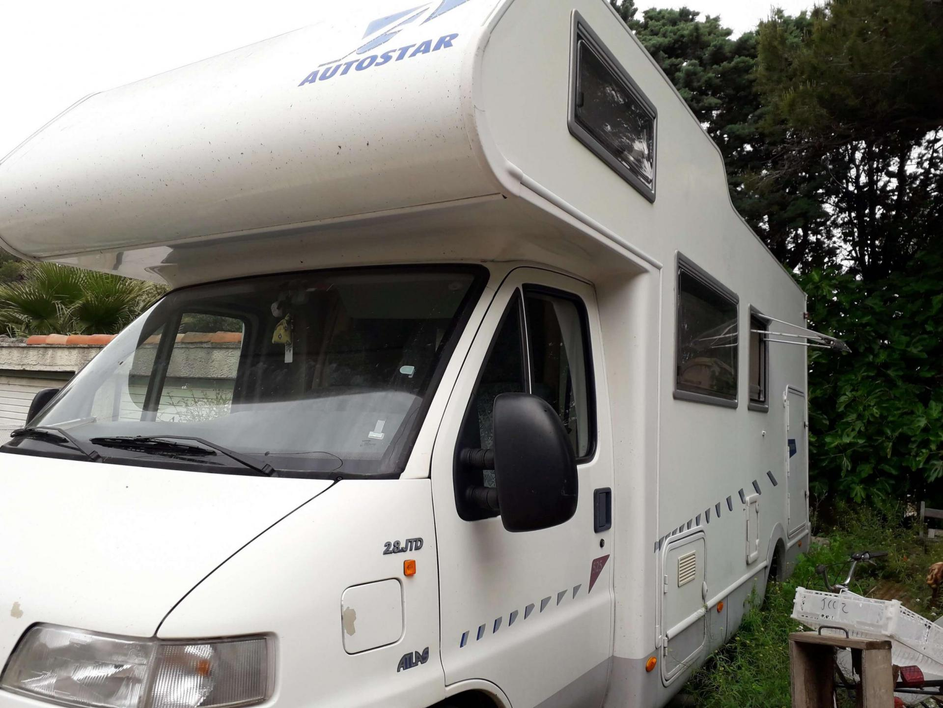 camping-car ATLAS 525