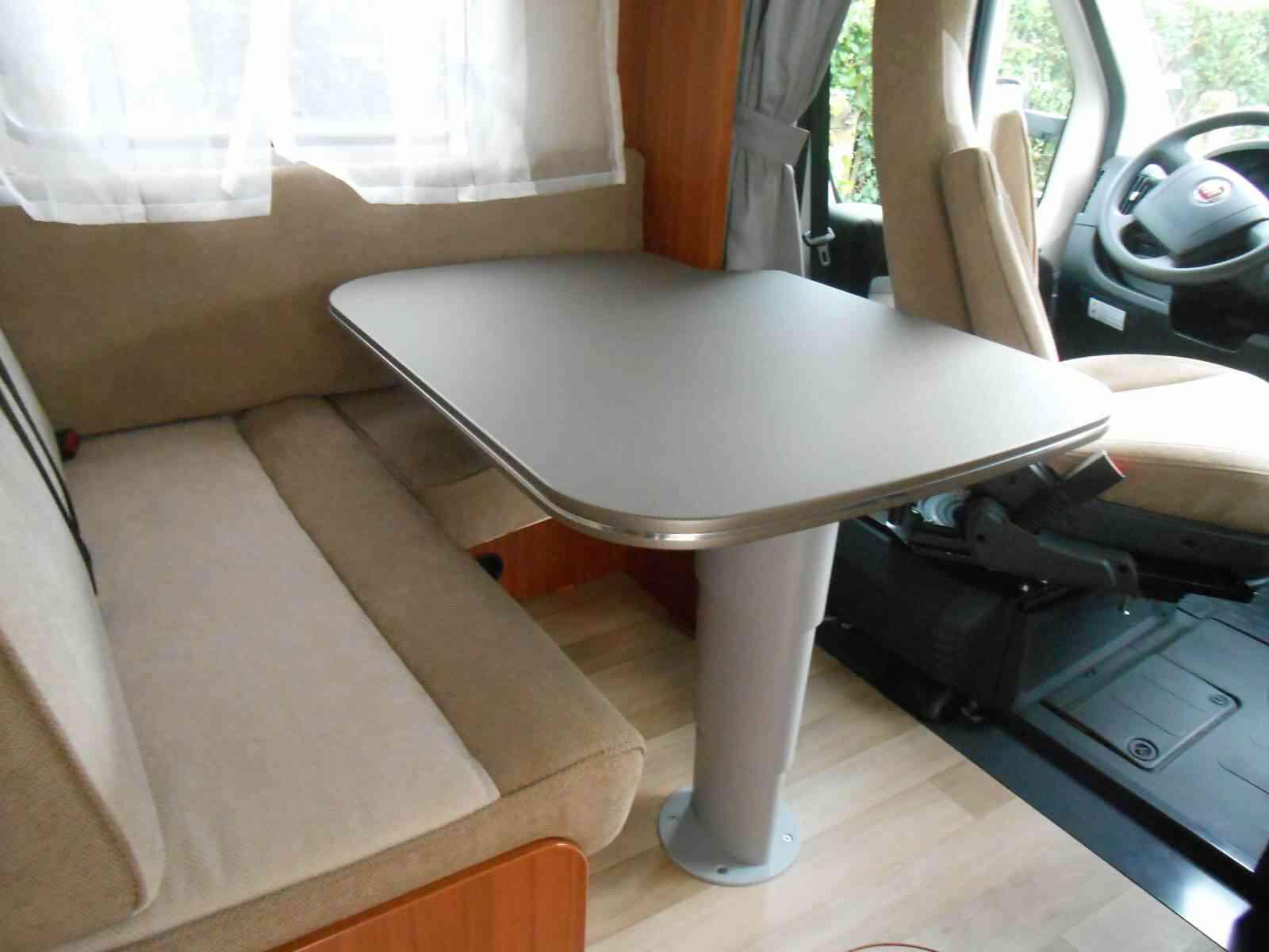 camping-car CARADO ETRUSCO 7400 QB