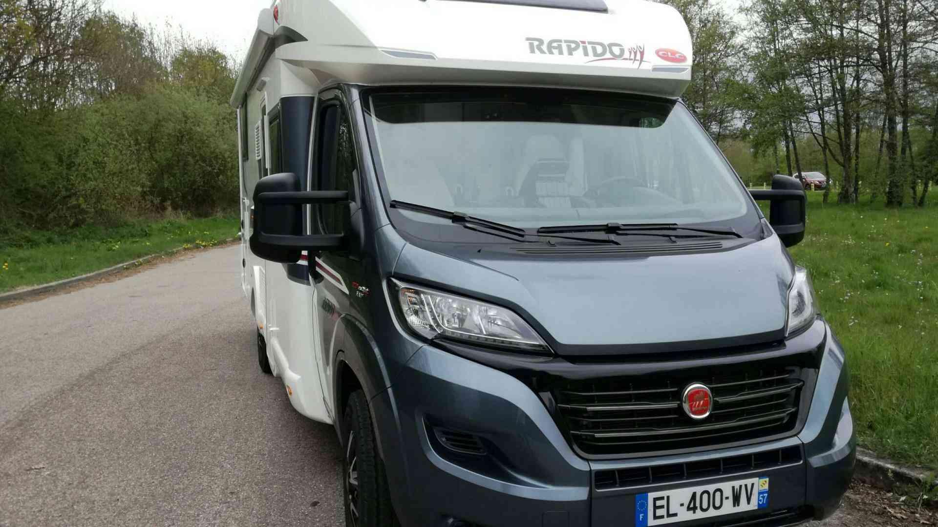 camping-car RAPIDO 696 FF