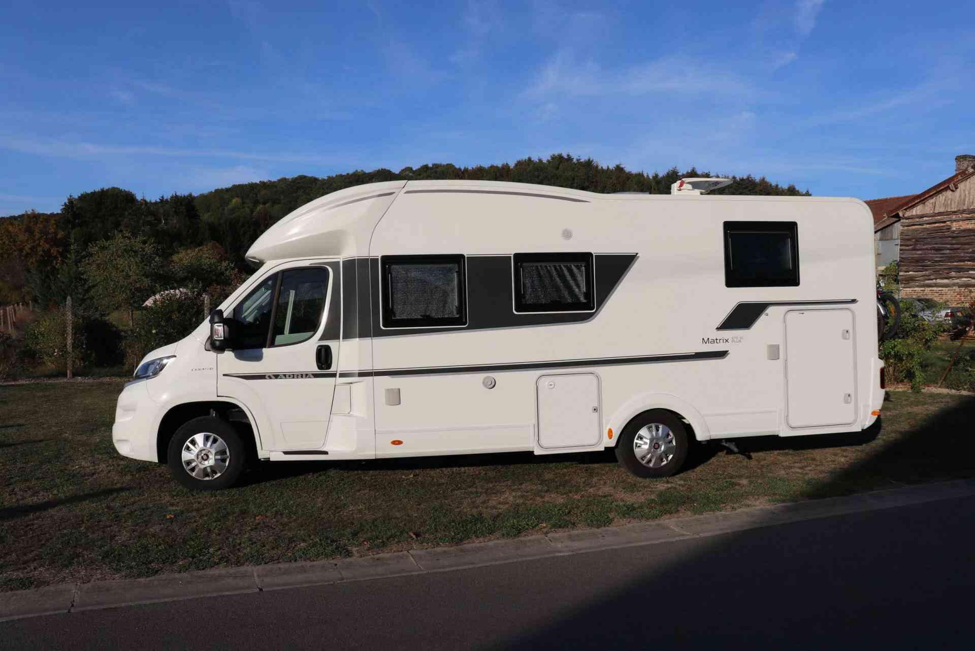 camping-car ADRIA MATRIX 670 SC PLUS