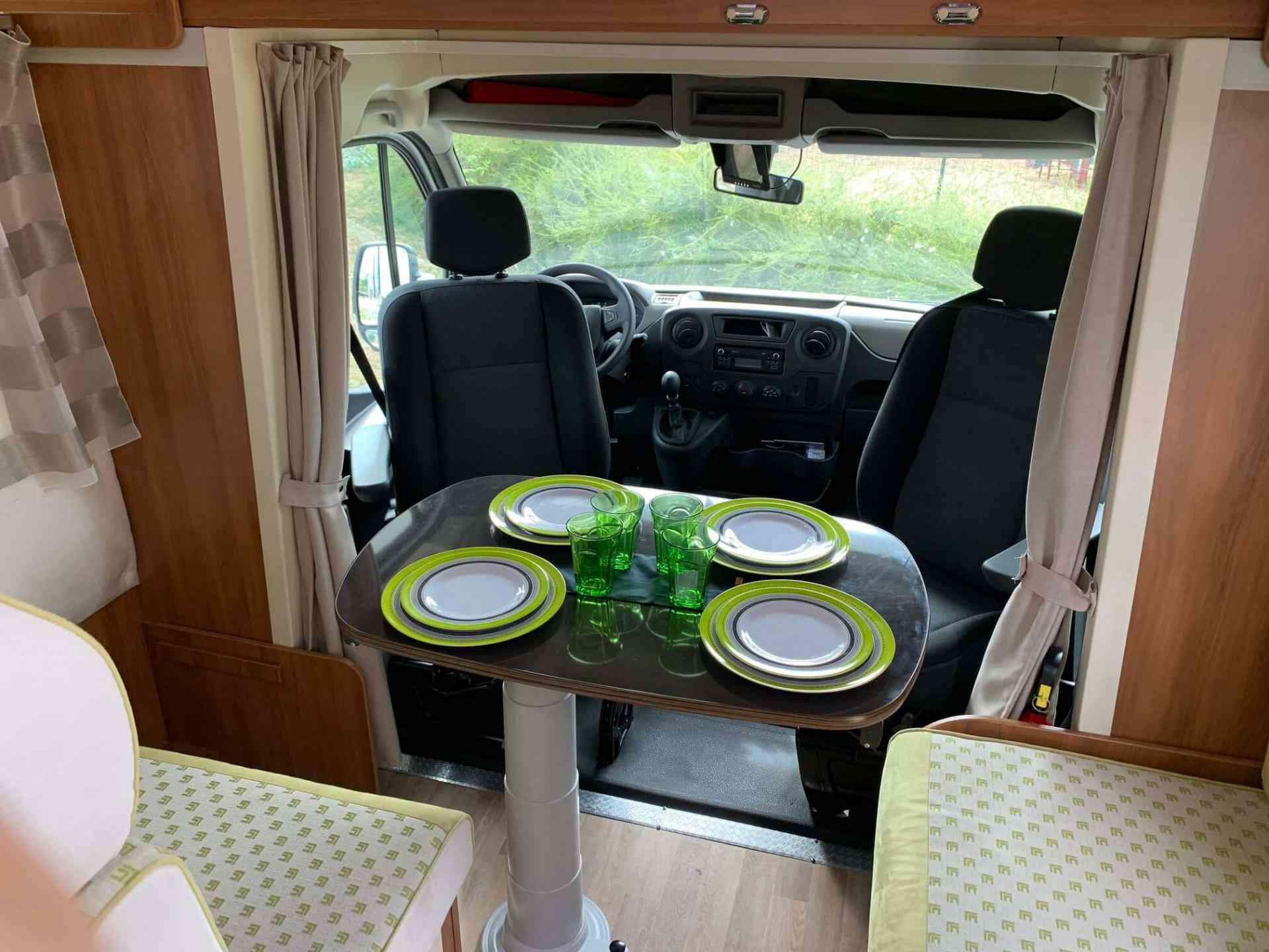 camping-car RIMOR KATAMARANO 209