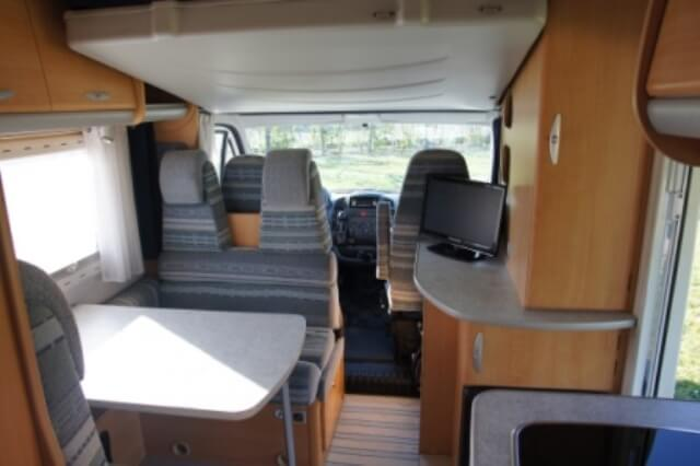 camping-car CHAUSSON WELCOME 65