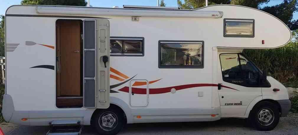 camping-car EURAMOBIL PROFILA 695
