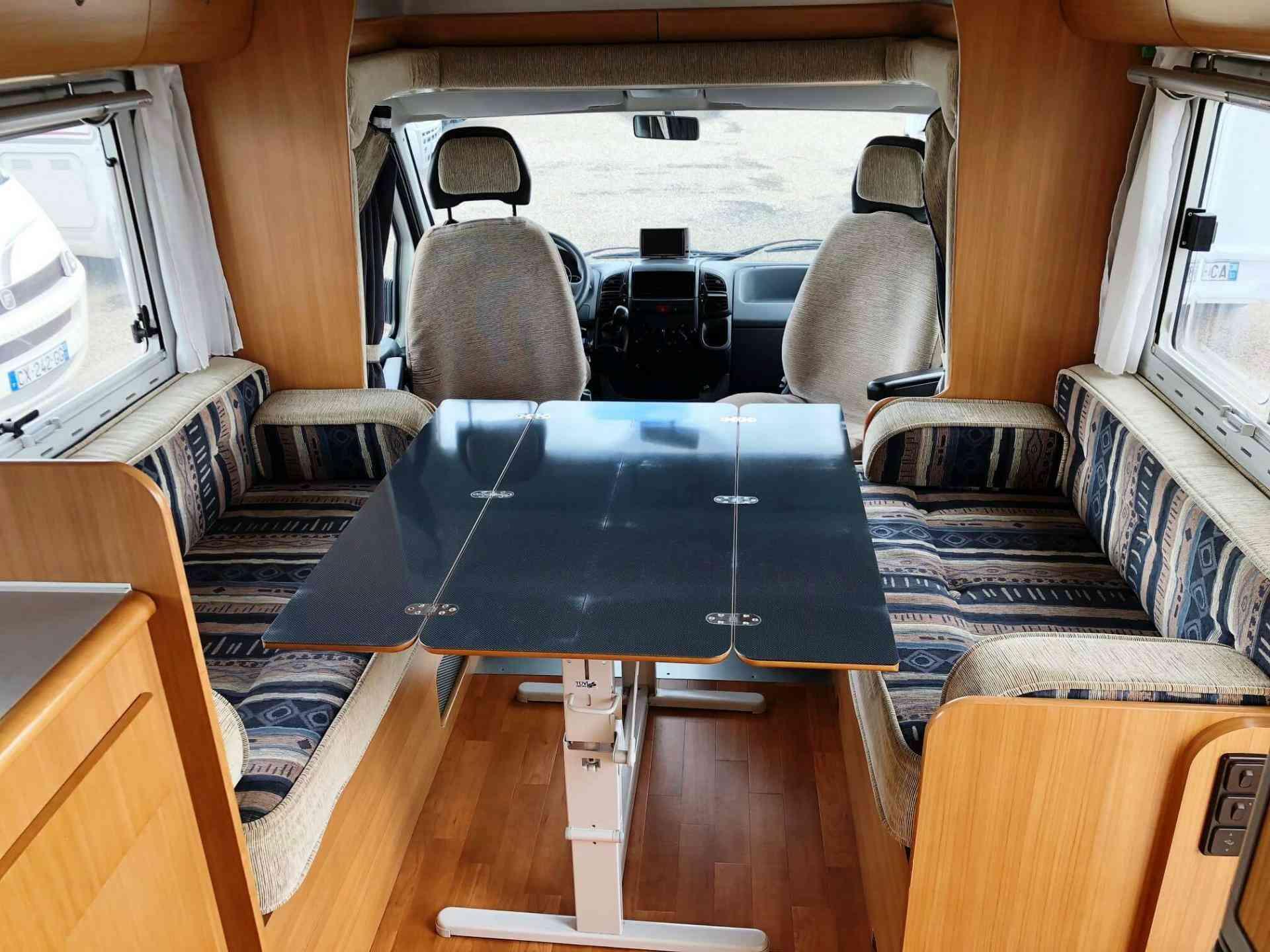 camping-car MOBILVETTA ICARO P6