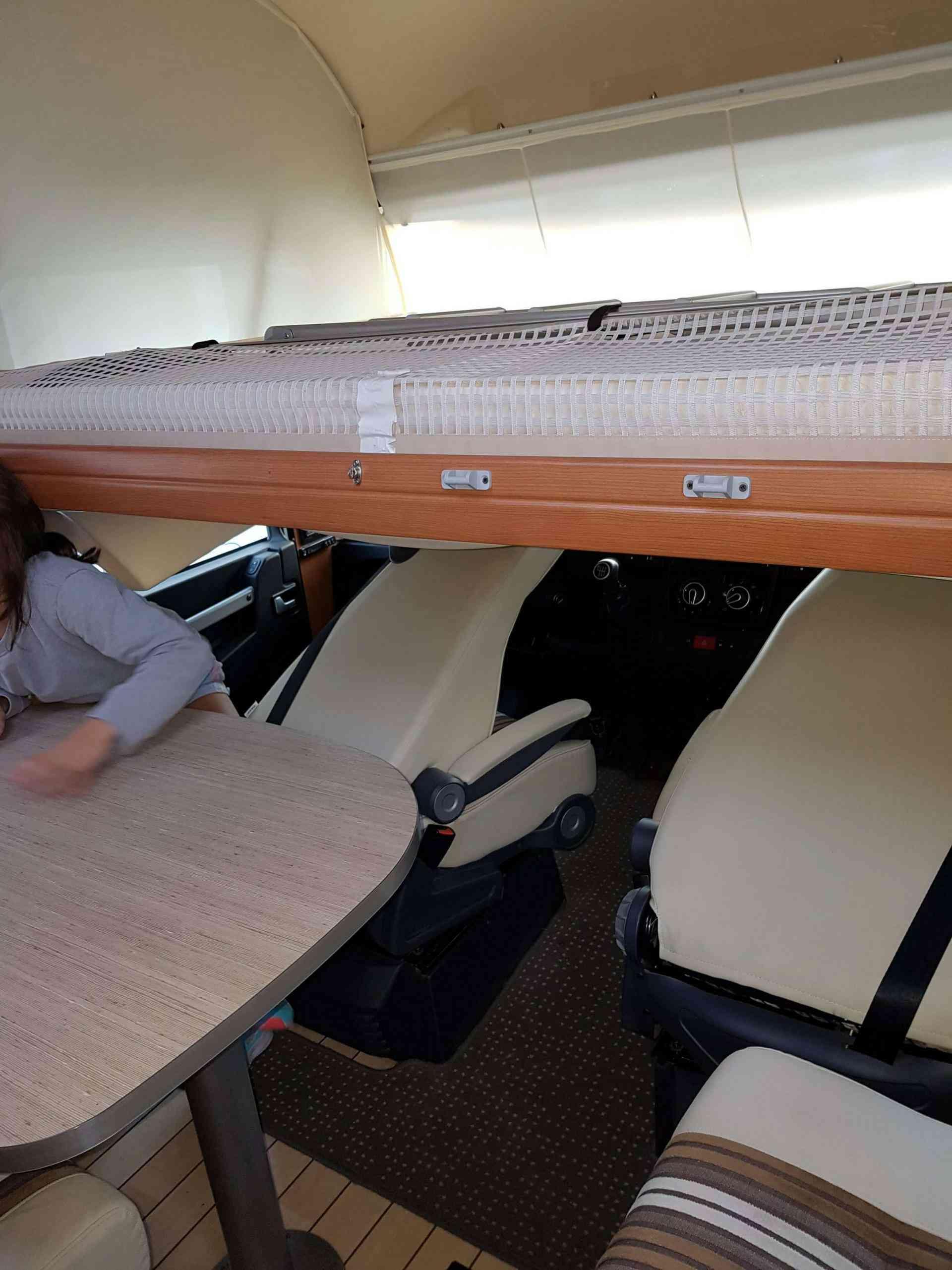camping-car PILOTE G 740 LCA