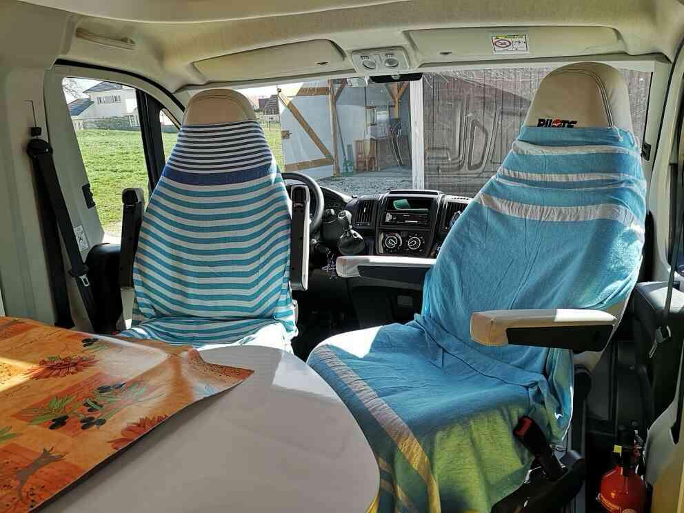 camping-car PILOTE P 746 C