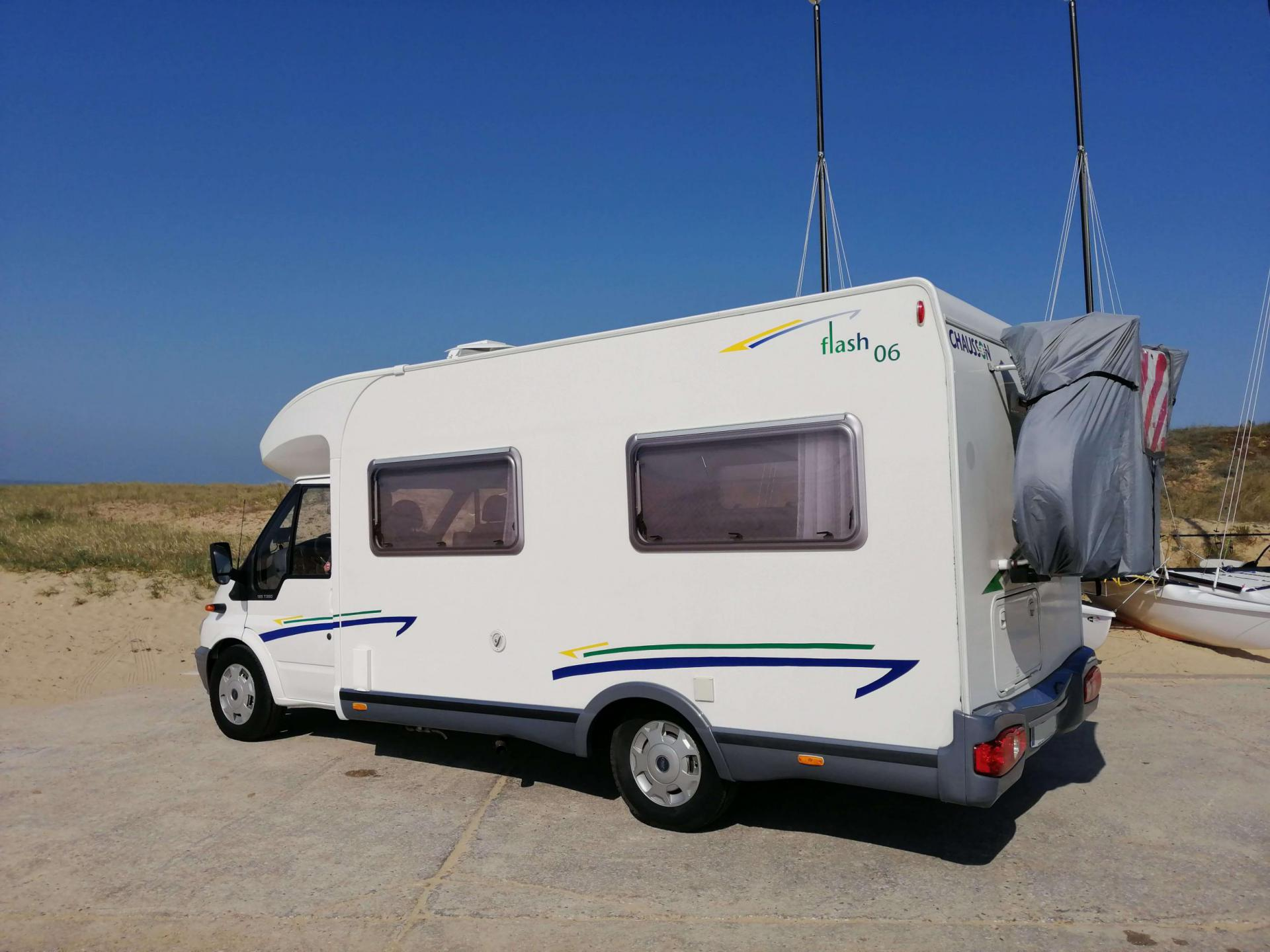 camping-car CHAUSSON FLASH 06
