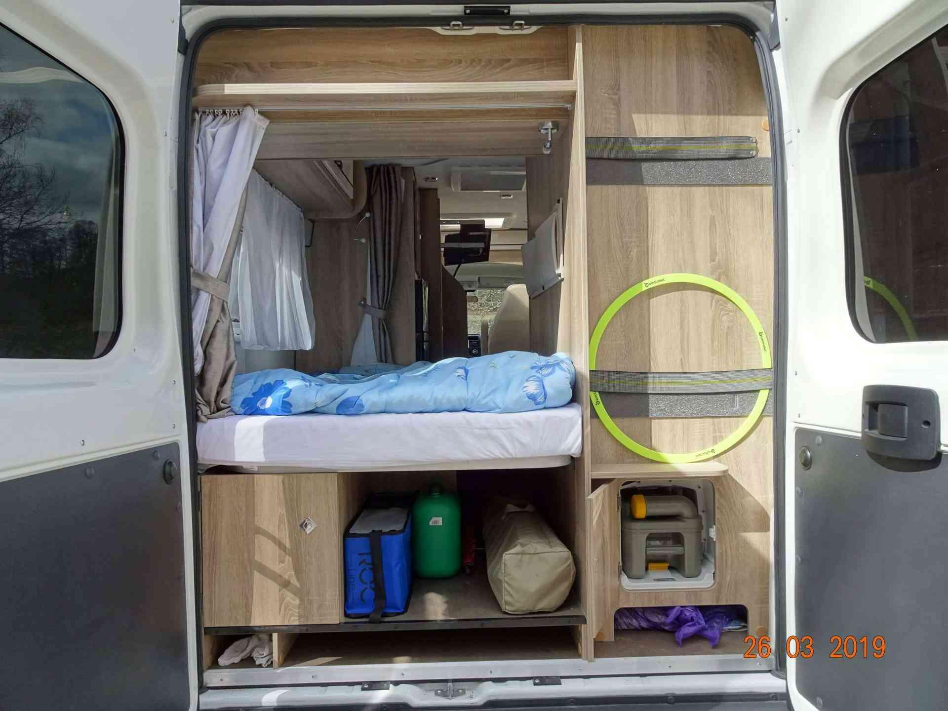 camping-car FONT VENDOME VANTURA