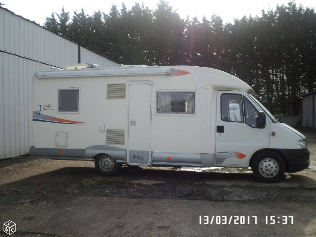 camping-car JOINT J154