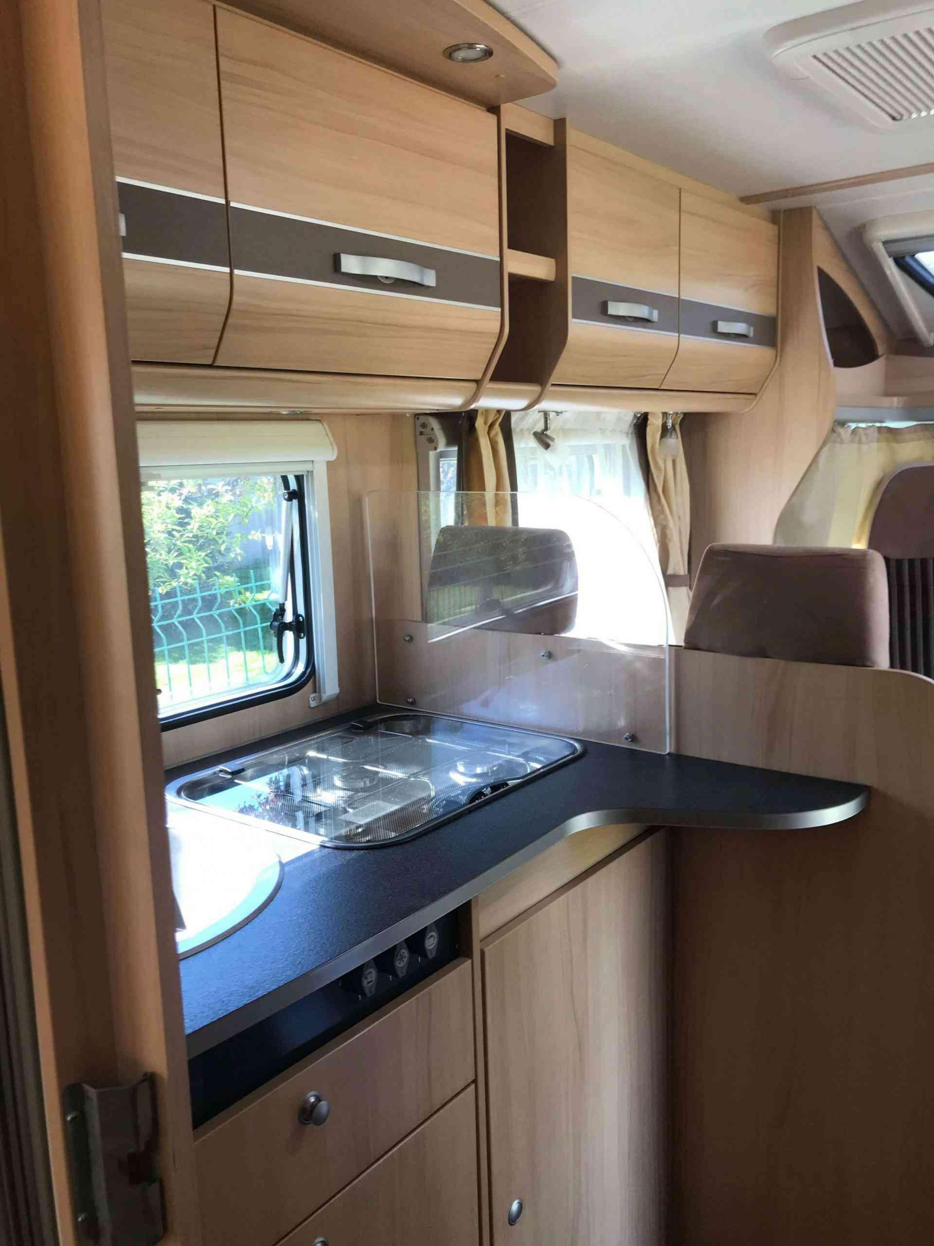 camping-car SUNLIGHT T69