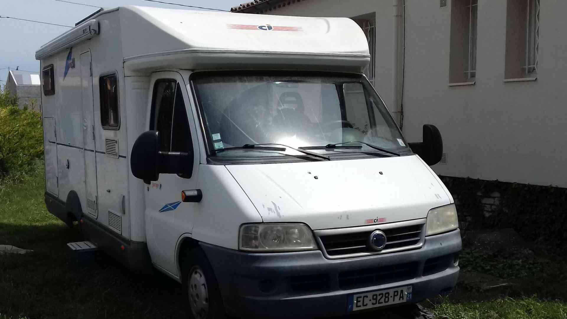 camping-car CI  ELLIOT CAMPER