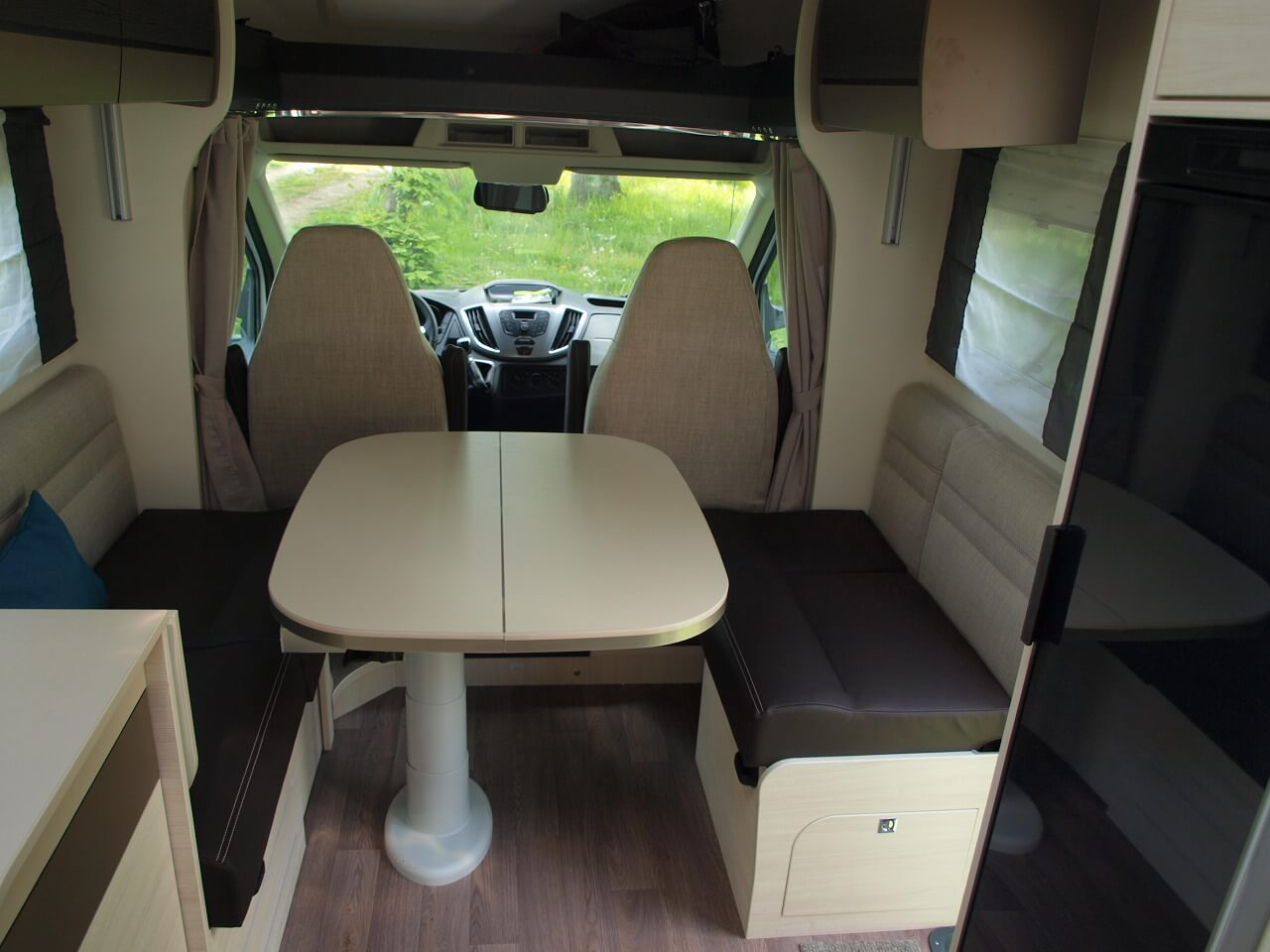 camping-car CHAUSSON WELCOME 768