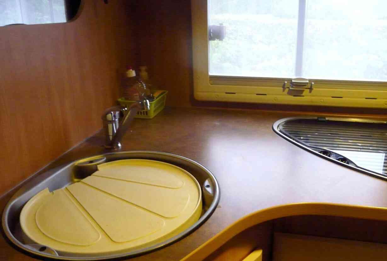 camping-car CHAUSSON FLASH 15