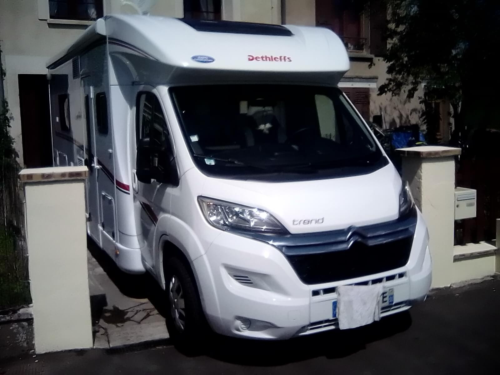 camping-car DETHLEFFS T 7017
