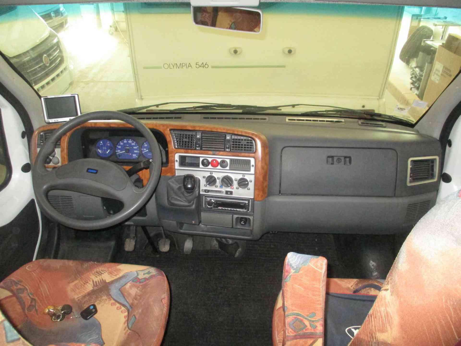 camping-car BURSTNER HARMONY T 618