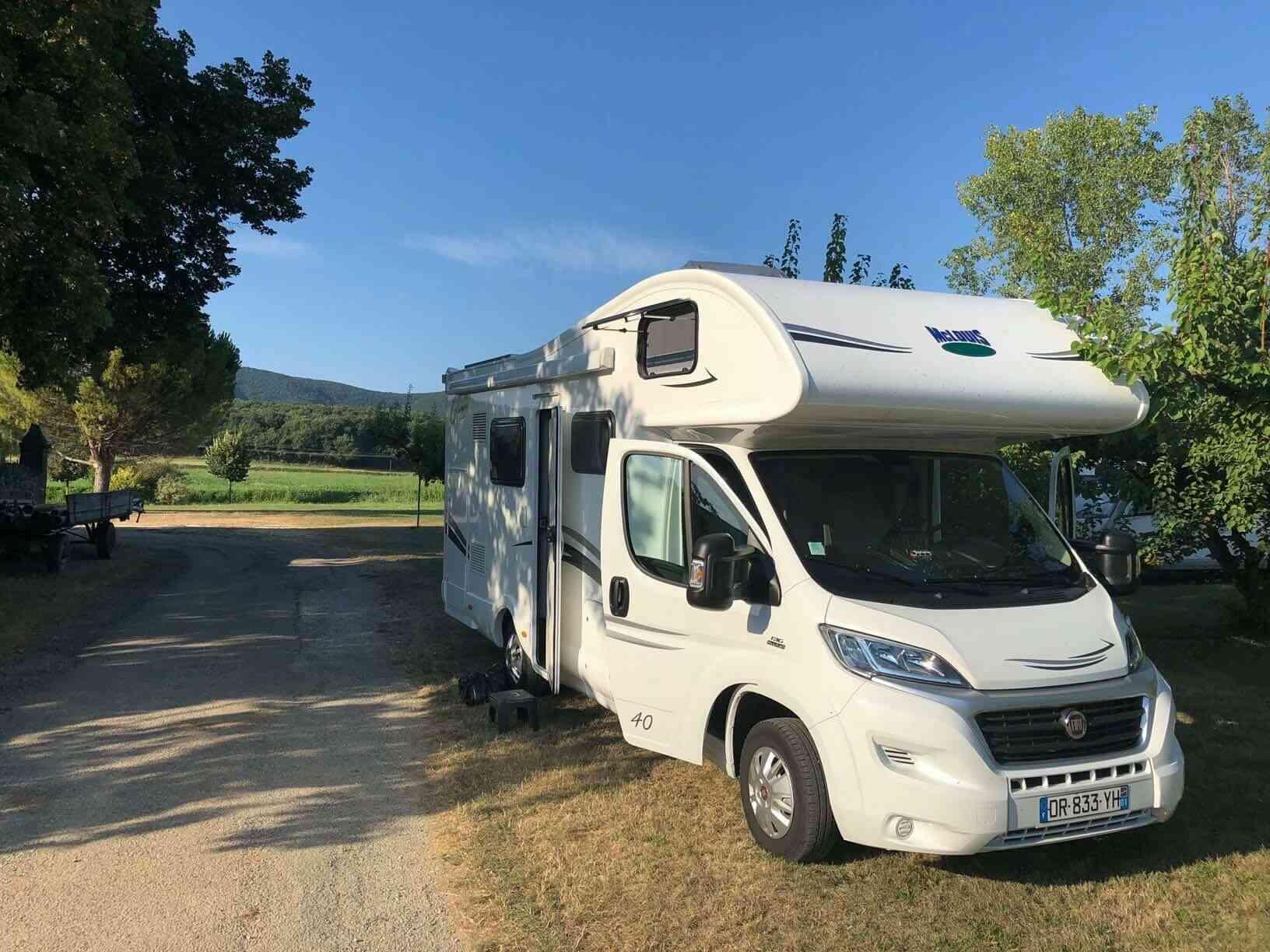 camping-car MC LOUIS GLAMYS 40
