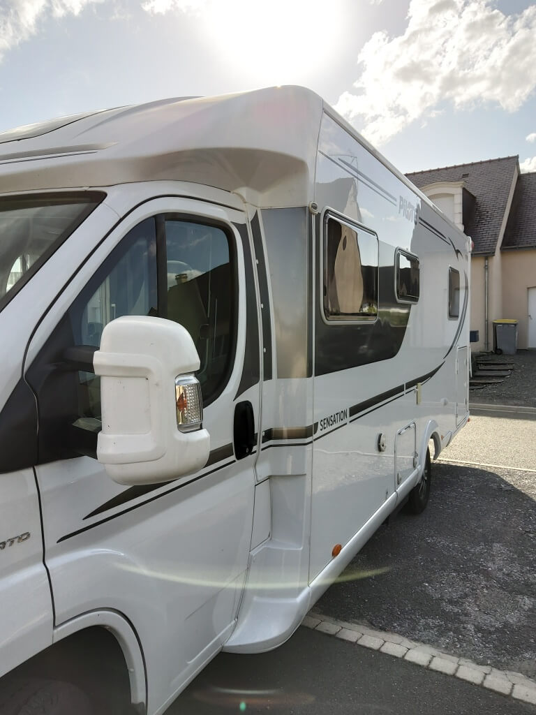 camping-car PILOTE 740p SENSATION