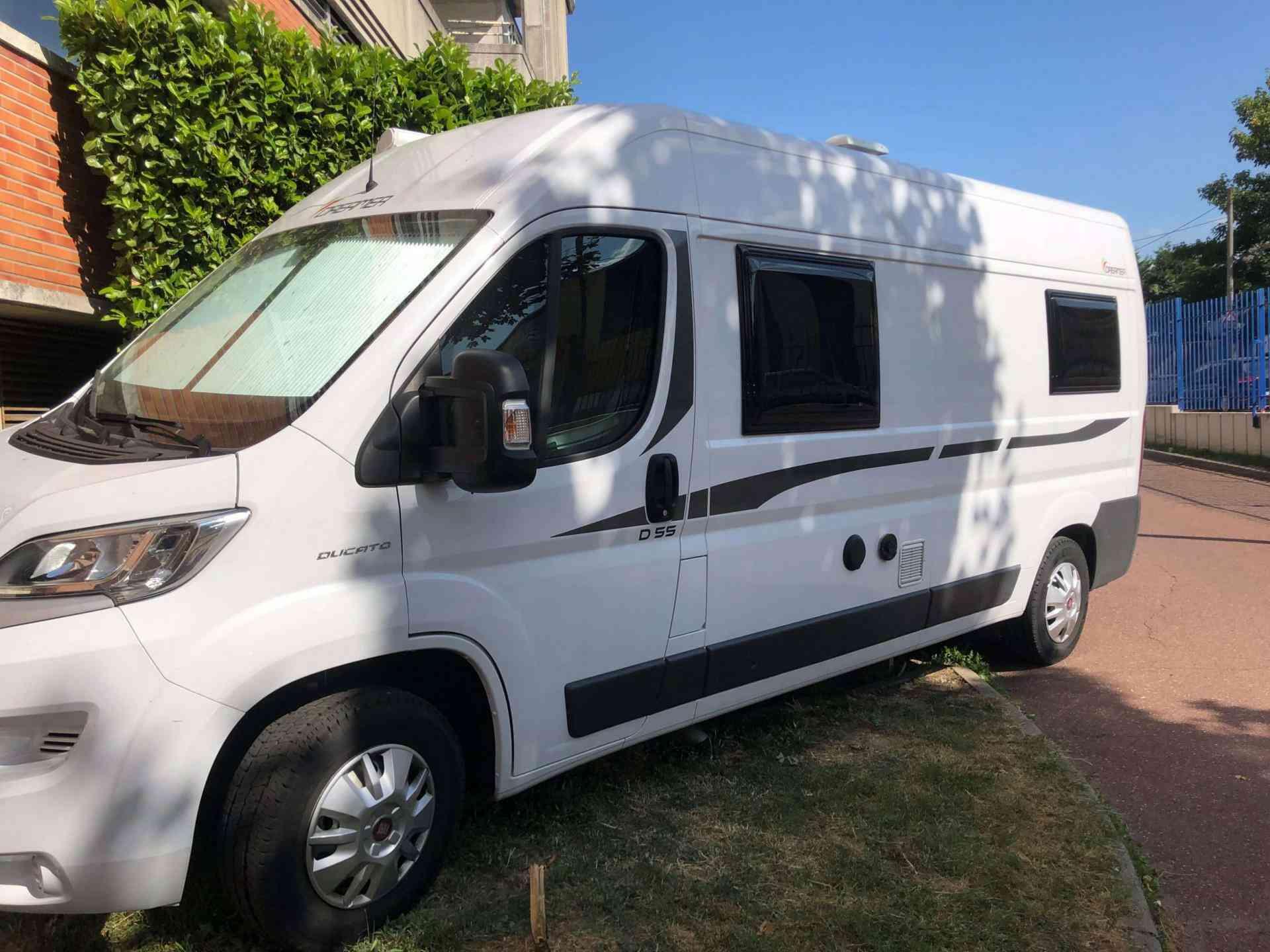 camping-car DREAMER D55