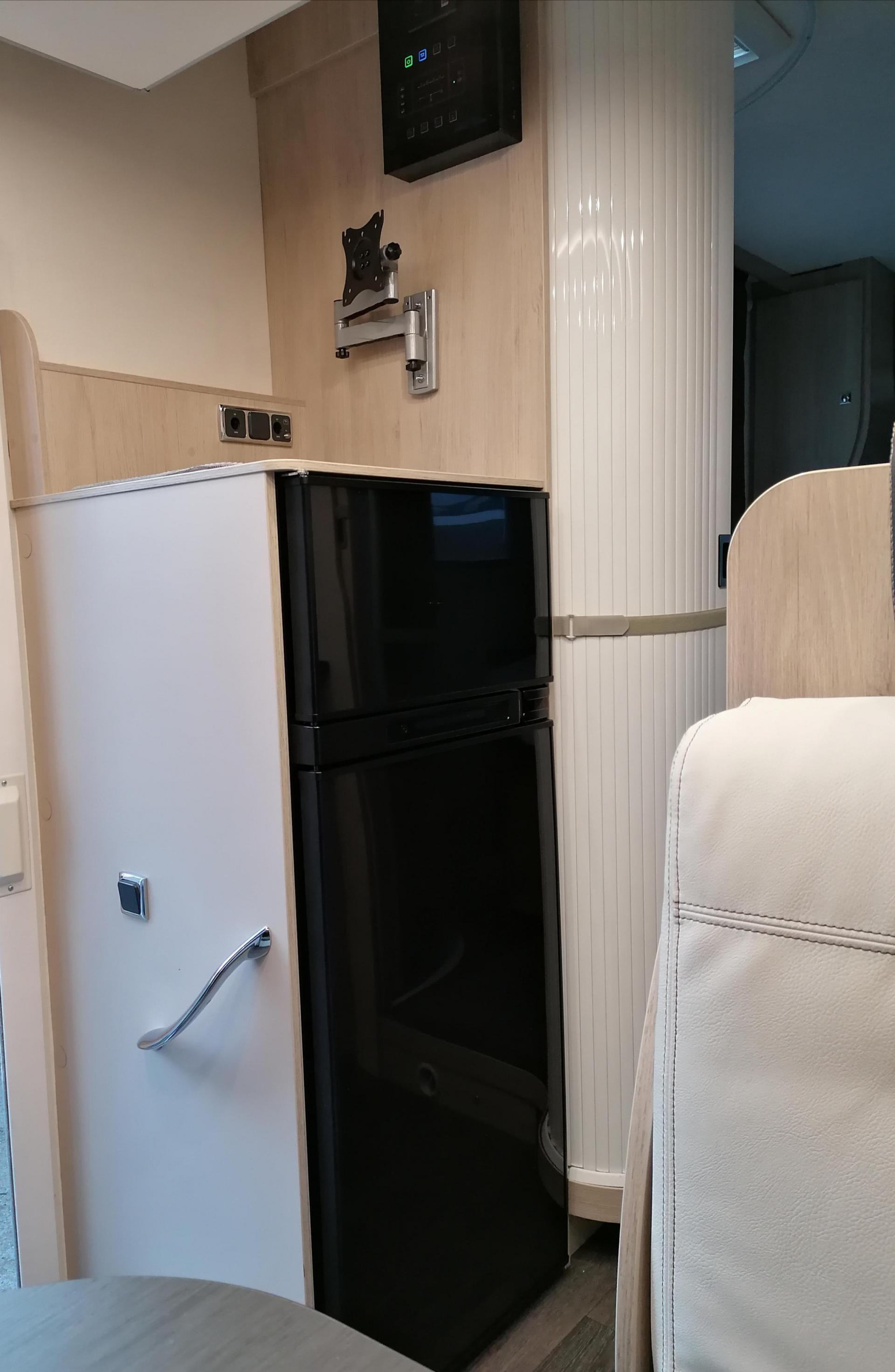 camping-car CHAUSSON 628 EB EDITION SPECIALE
