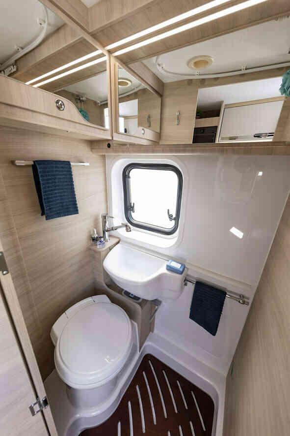 camping-car CI KYROS 5