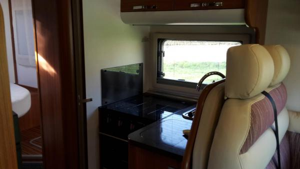 camping-car ADRIA MATRIX PLUS M 670 SC