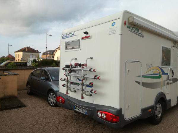 camping-car CHAUSSON WELCOME 17