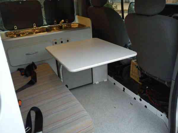 camping-car RENAULT TRAFIC AMÉNAGÉ