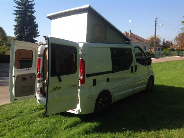 camping-car RENAULT  TRAFIC AMENAGE TOIT RELEVABLE