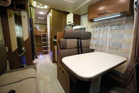 camping-car CHAUSSON FLASH 616
