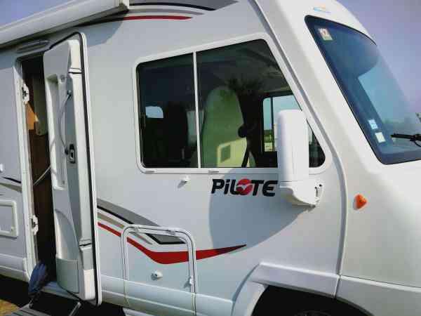 camping-car PILOTE 690 AVENTURA
