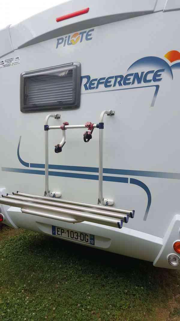 camping-car PILOTE RÉFÉRENCE P 675 FP