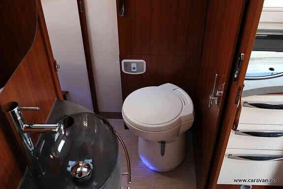 camping-car MOBILVETTA K-Yacht 79