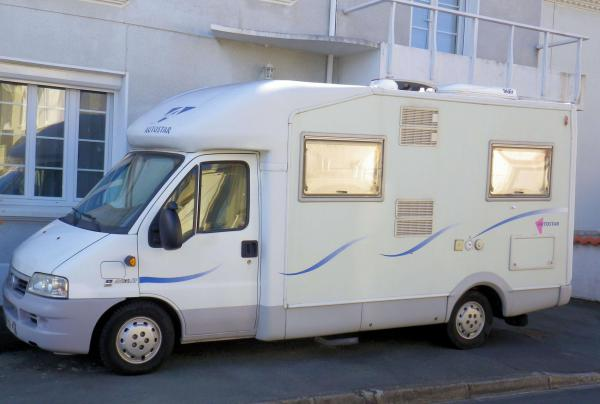 camping-car  AUTOSTAR AMICAL 6 P