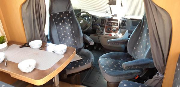 camping-car PILOTE REFERENCE P 670