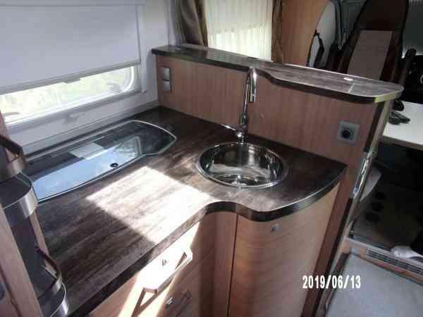 camping-car KNAUS SKY TI
