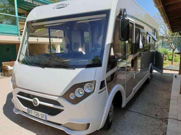 camping-car CARADO I 449