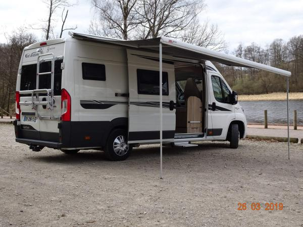camping-car FONT VENDOME VANTURA