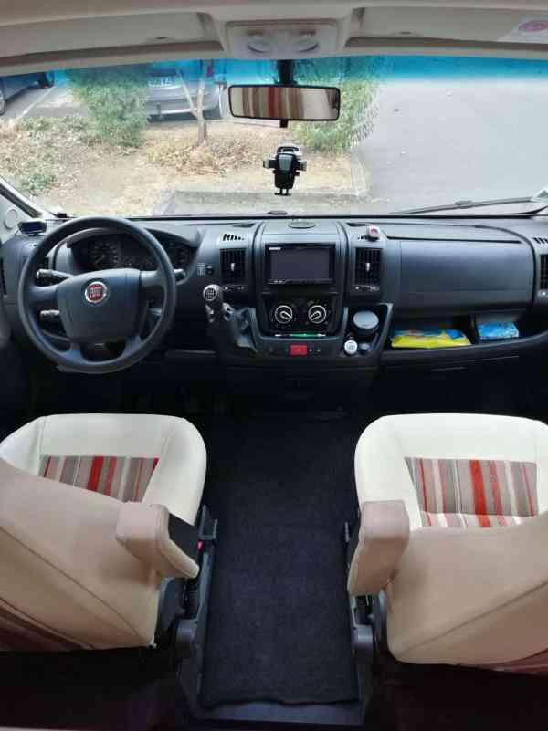 camping-car BURSTNER IXEO IT 664